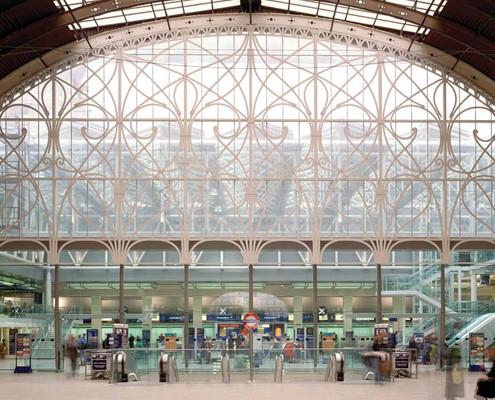 Barrisol-Welch-Paddington-Train-Station